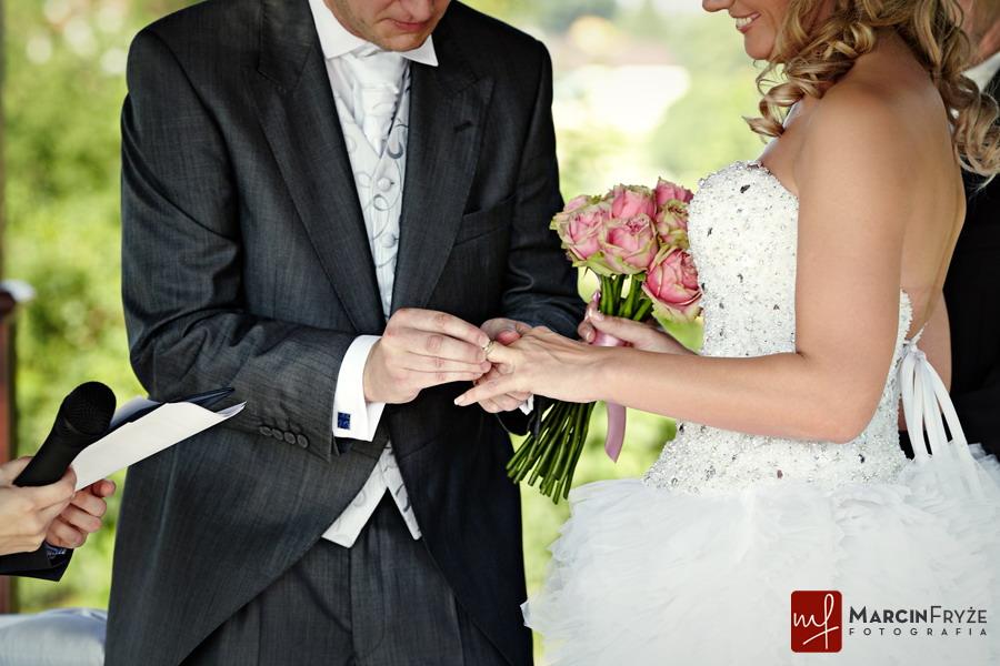 fotografia slubna  | Teresa & Anthony | Ślub w plenerze | Dwór w Tomaszowicach