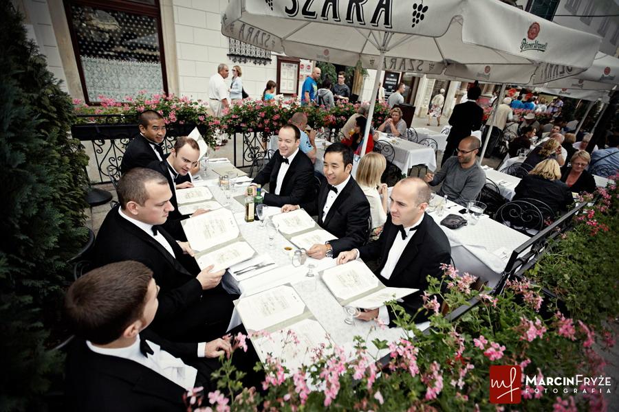 fotografia slubna  | Ania + Kevin | Reportaż ślubny | Hotel Stary i Kościół Mariacki | Kraków